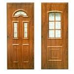 Műanyag és fa bejárati ajtók